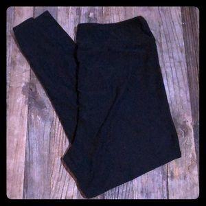 Lu La Roe T & C black leggings